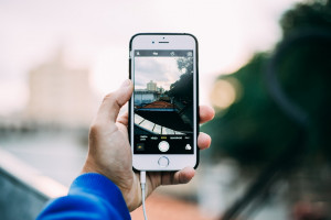 Los teléfonos inteligentes se devalúan un 25% al año