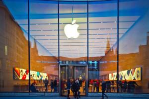 Apple, de la informática a la salud