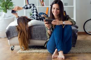 Consejos para no dejarte la vista en el móvil